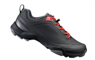 SHIMANO chaussures MT 300