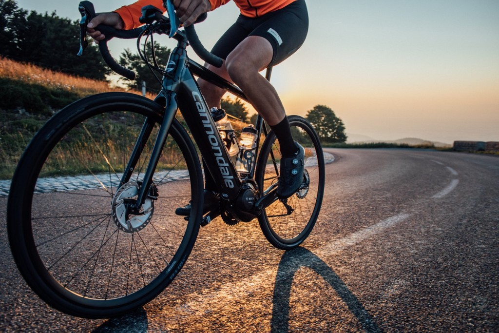 journées tests e-road bikes chez DVELOS CHAMBERY